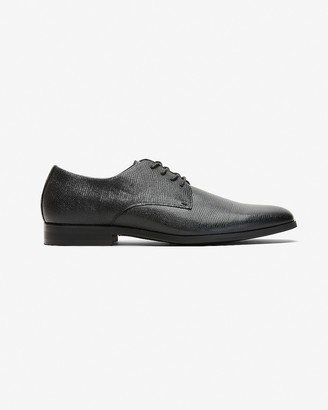 Express Textured Leather Dress Shoe