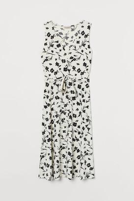 H&M Dress with Tie Belt - White