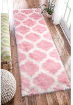 nuLoom Cozy Soft and Plush Faux Sheepskin Trellis Shag Kids Nursery Pink Runner Rug (2'6 x 8')