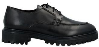 Otö Lace-up shoe