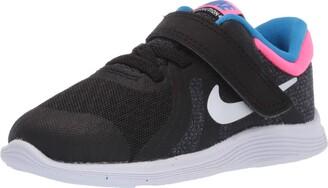 Nike Girl's Revolution 4 (TDV) Sneaker