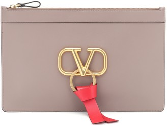 Valentino Garavani VRING leather clutch
