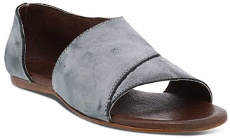 ROAN Leather Crisscross Upper Flats - Irie