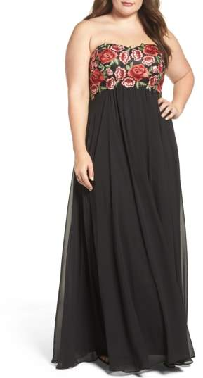 Decode 1.8 Floral Applique Strapless Gown