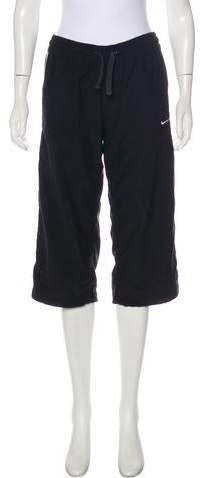 Nike Mid-Rise Cropped Pants