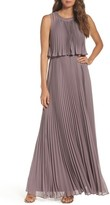 Vera Wang Women's Pleat Chiffon Gown