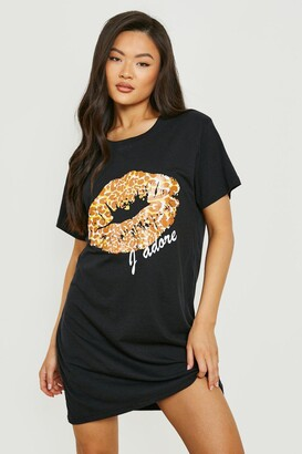 boohoo Leopard Print Lips T-Shirt Dress