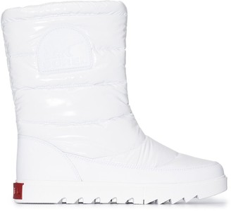 Sorel Joan of Arctic puffer boots