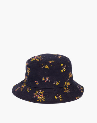 Madewell Short-Brimmed Corduroy Bucket Hat in Forest Floral