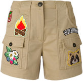 Love Moschino patch cargo shortd