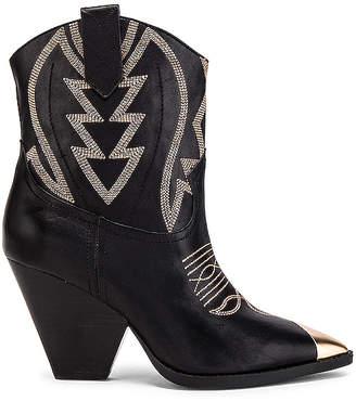 Lola Cruz Meir Boot