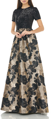 Carmen Marc Valvo Short-Sleeve Sequin-Bodice with Pleated Floral Jacquard Skirt