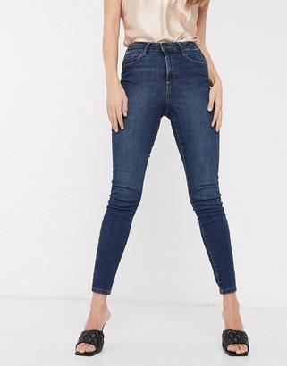 Vero Moda skinny jean in mid blue denim