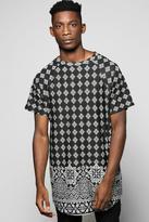 Boohoo Longline Curved Hem Border Print T Shirt