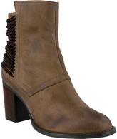 Azura Women's Apore Ankle Boot