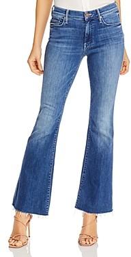 Mother The Weekender Frayed Hem Flare-Leg Jeans in Groovin