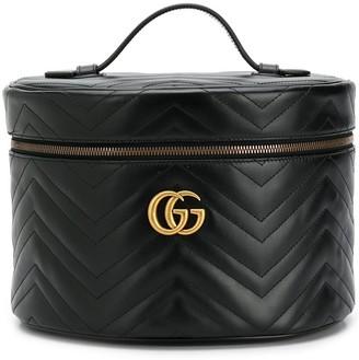 Gucci GG Marmont make up bag