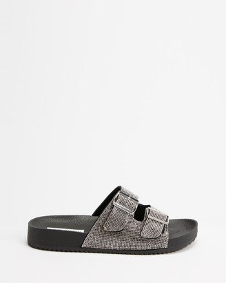 Steve Madden Women's Black Flat Sandals - Thrilled - Size 8 at The Iconic
