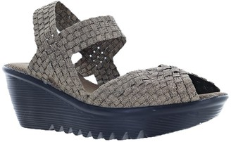 Bernie Mev. Pull-on Wedges - Fame