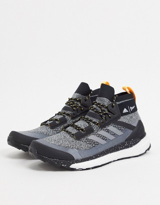 adidas Outdoors Terrex mid hiker in grey