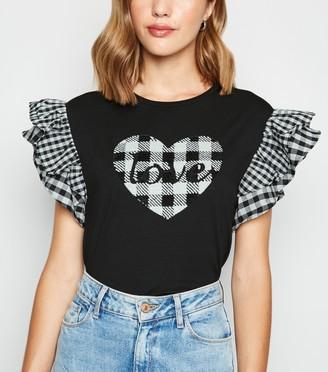 New Look Cameo Rose Gingham Love Slogan T-Shirt