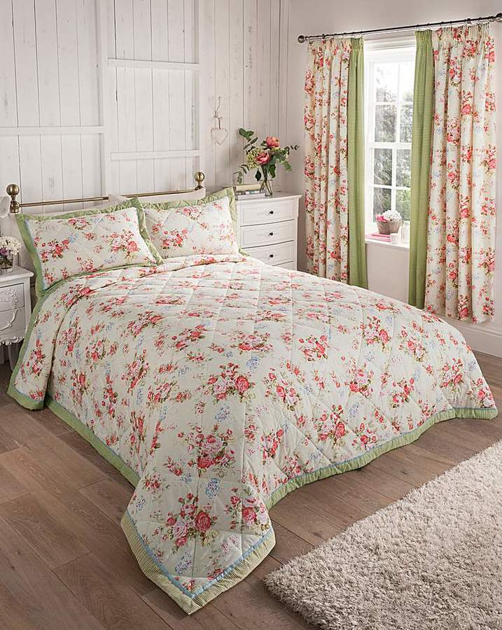 Fashion World Elizabeth Quilted Throwover Double