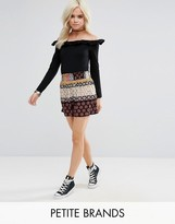 Glamorous Petite Shorts In Contrast Gio Print