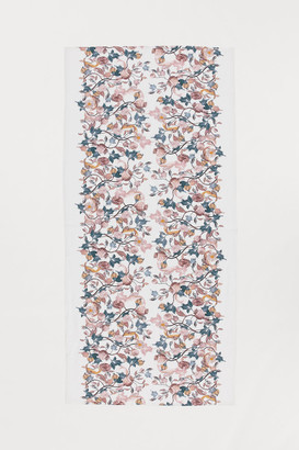 H&M Patterned Cotton Tablecloth - White