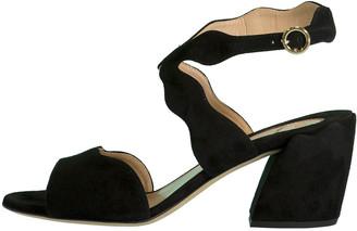 Chloé Black Scallop Chunky Heel Sandal