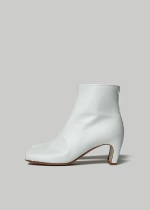 Maison Margiela Women's Tabi Laminated Leather Banana Heel Boot Size 37