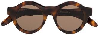 Kuboraum Round Tortoiseshell Sunglasses