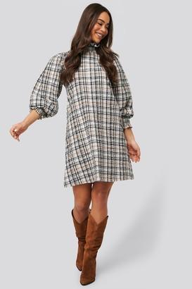 NA-KD High Neck Puff Sleeve Check Dress
