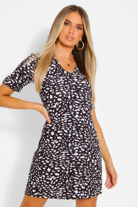 boohoo Smudge Print Button Through Shift Dress