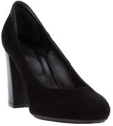 Hogan round toe court shoe