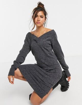 Vila v neck mini jumper dress in grey