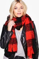 Boohoo Matilda Large Scale Boucle Check Scarf