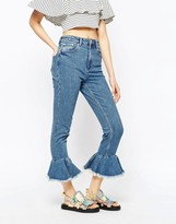 Asos FARLEIGH High Waist Slim Mom Jeans With Flared Frill Hem