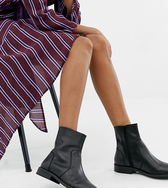 Asos Design DESIGN Wide Fit Albany leather sock boots