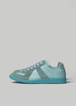 Maison Margiela Men's Replica Low Top Sneaker in Nimbus Size 40 Suede/Leather/Rubber