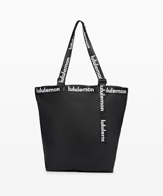Lululemon The Rest is Written Tote *24.5 L