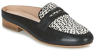 Maruti BELIZ women's Mules / Casual Shoes in Black