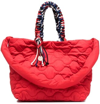 Red(V) quilted tote