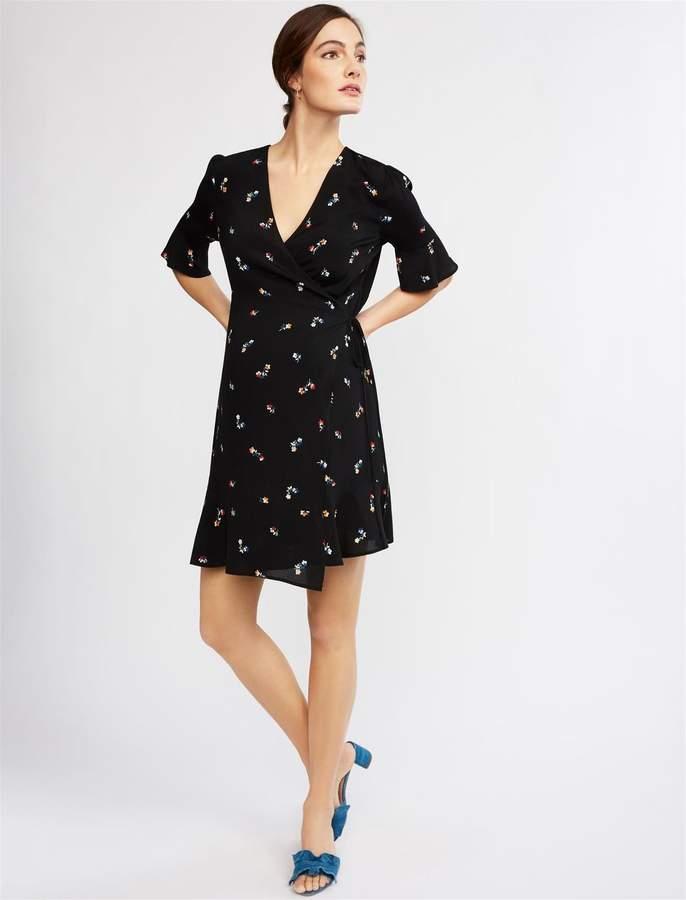 25634af0fff21 Maternity Black V-neck Short Sleeve Dress - ShopStyle