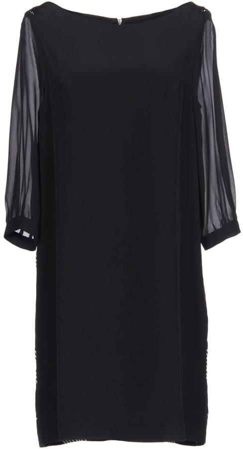 AR+ AR Short dresses