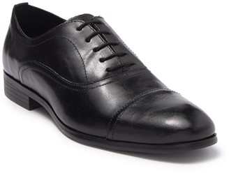 Steve Madden Offisir Cap Toe Oxford