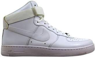 Nike Force 1 Ultra Force Mid ESS White/White-Wolf Grey (W)