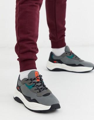 Bershka chunky sneaker with contrast sole in gray