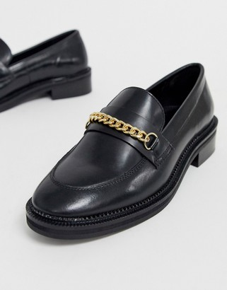 Asos Design DESIGN Mixture leather chain loafers in black