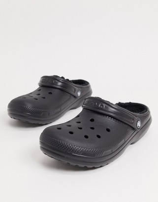 Crocs classic fur lined clogs in black