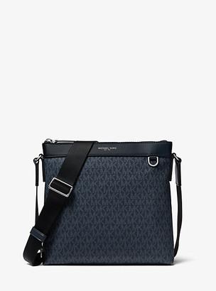 Michael Kors Greyson Logo Messenger Bag - Admrl/plblue